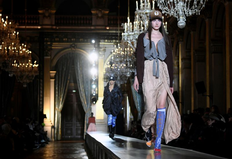 Vivienne Westwood show brings gypsy chic to Paris town hall