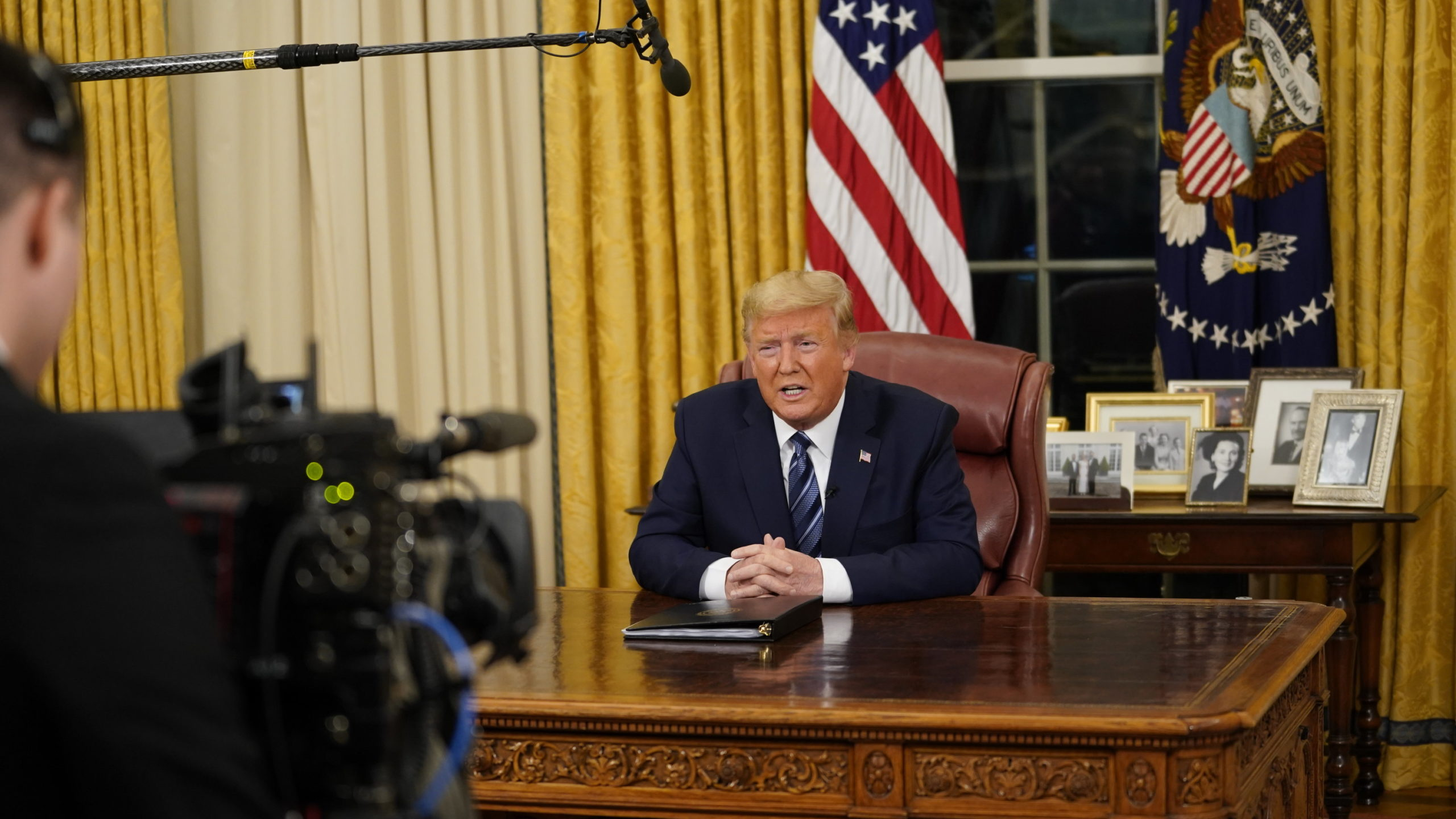 In Rare Oval Office Speech, Trump Voices New Concerns and Old Themes
