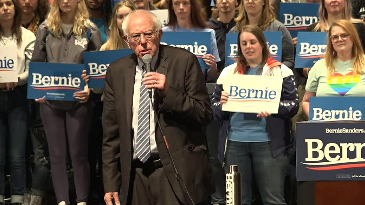In slight to public defenders, Sanders says legal system does not provide 'a decent lawyer'