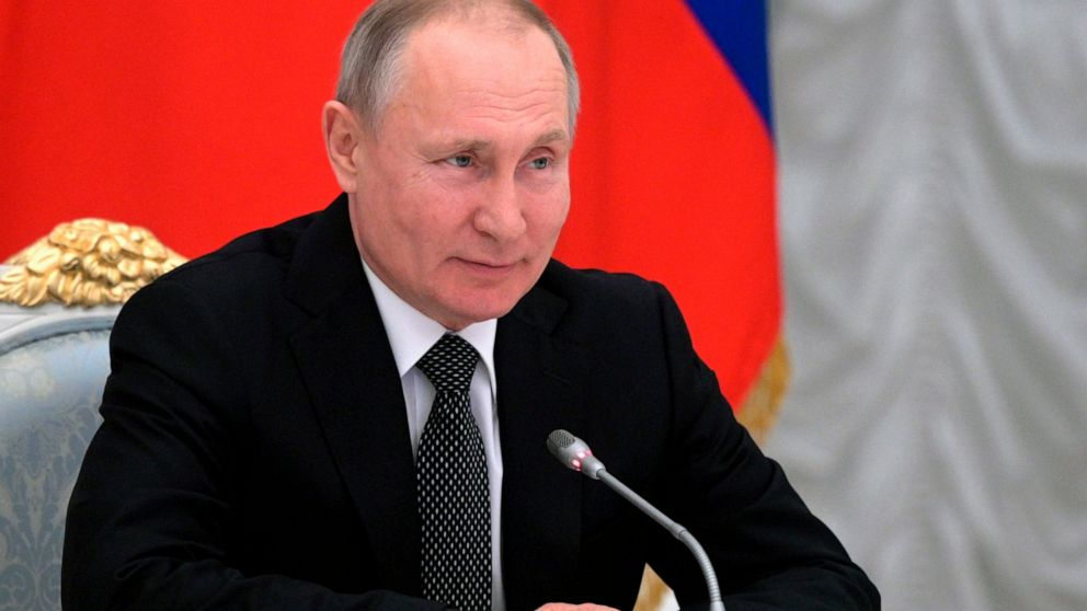 Putin's new amendments revere God, ban same sex marriages