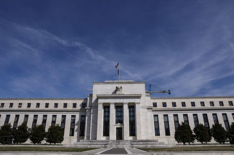 U.S. bank lobby economist predicts global rate cut coming … this Wednesday
