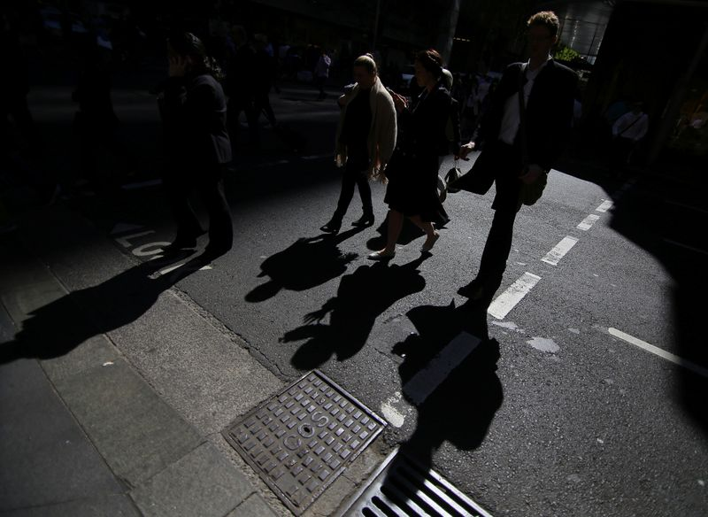 Australian economic growth picks up but outlook cloudy on virus fears