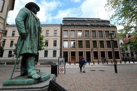 Oil Crisis Leaves Norway Facing Its First Recession Since 2008