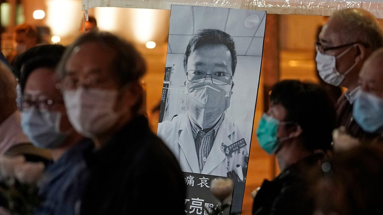 China exonerates late doctor reprimanded for warning about coronavirus