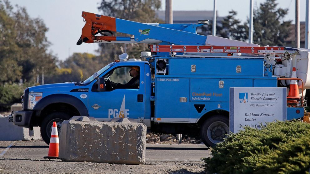 PG&E settles key battle over $13.5B wildfire victims' fund