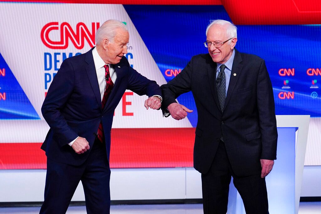 Sanders ex-aides forge ahead with super PAC even as he distances himself