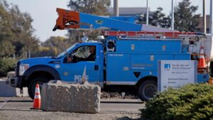 Regulators approve PG&E bankruptcy plan despite safety fears