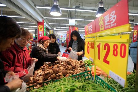 Trump Action Aside, China Crop-Buying Goal Is Becoming Untenable