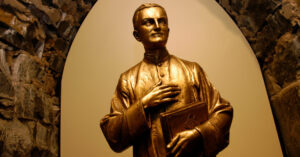 American Priest Moves a Step Closer to Sainthood