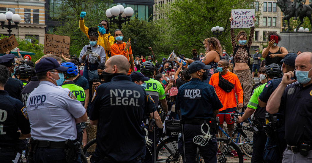 Protesters Clash With Police in Union Square