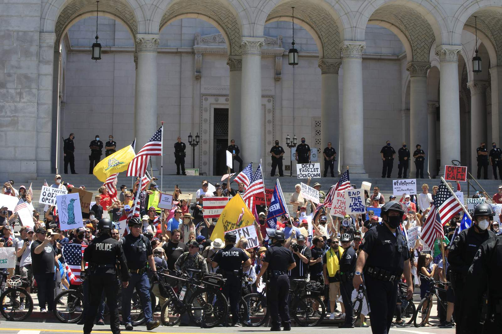 Protests mark growing unrest with California stay-home order