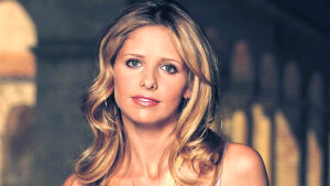 Sarah Michelle Gellar Posts Epic 'Thirst Trap' Photo & 'Buffy' Fans Are Living For It — See Pic