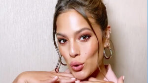 Celeb Hairstylist Justine Marjan Shares How To Recreate Ashley Graham's Flirty Bun For Zoom Dates