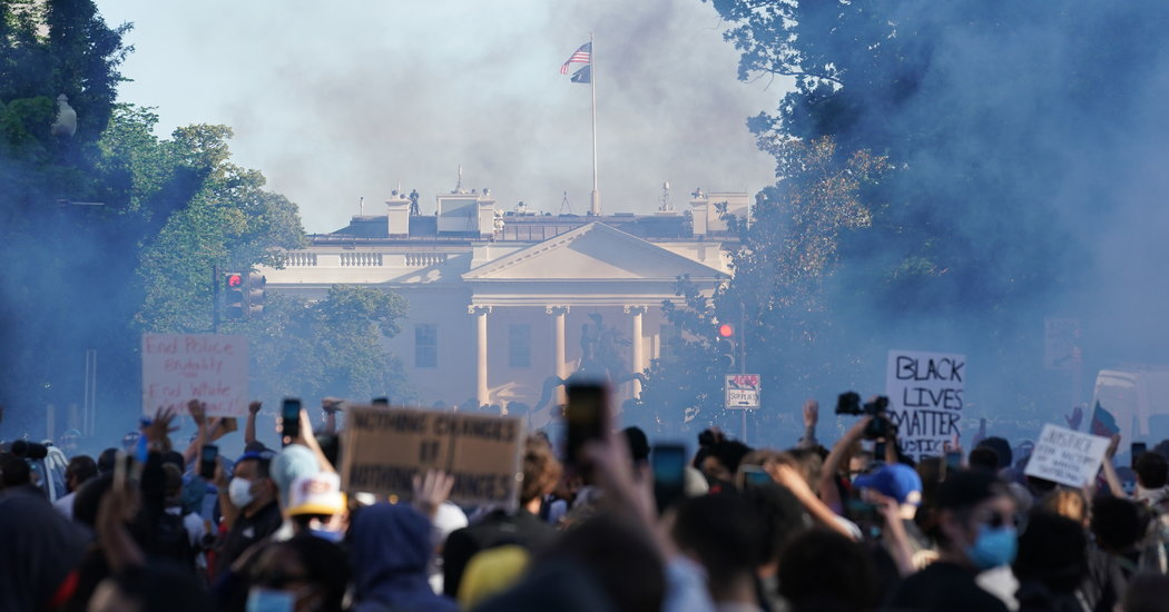 Police in Washington Use Tear Gas on Protesters