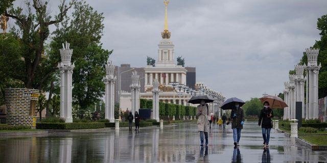 Moscow eases coronavirus lockdown after 9 weeks, some businesses allowed to reopen