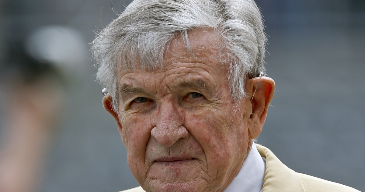 Johnny Majors, Hall of Fame college football coach, dies at 85