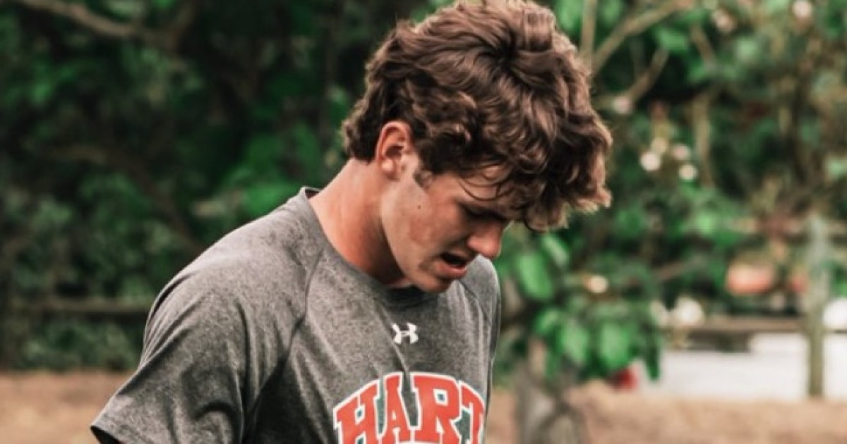 Quarterback Titus Tucker to leave Hart High for Alabama because of COVID-19 concerns