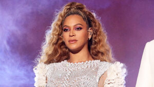 Beyonce Urges Fans To 'Remain Aligned & Focused' Following George Floyd's Death — See Message