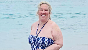 Mama June Jogs On The Beach In A Tiny Swimsuit Amid Her New Weight Loss Journey
