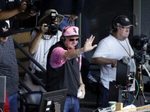 Hawk Harrelson is still making himself heard