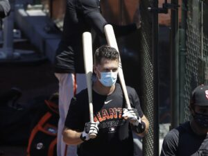 Giants catcher Buster Posey latest big-name player to opt out of season