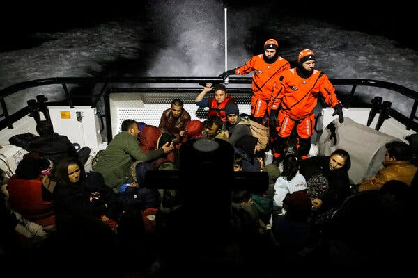 At Least 60 Migrants Killed in Turkish Boat Disaster