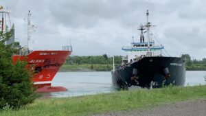 2 ships collide head-on while traveling through canal in Canada, video shows