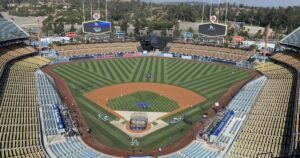 Dodgers to sell seats outfitted with cutouts of fans' faces