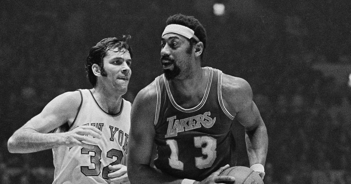 This day in sports: Wilt Chamberlain traded to the Lakers in 1968