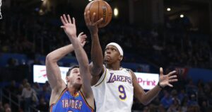 Rajon Rondo's broken thumb leaves the Lakers with a hole to fill