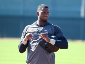 Slide rule of thumb: White Sox' Luis Robert still getting hang of it