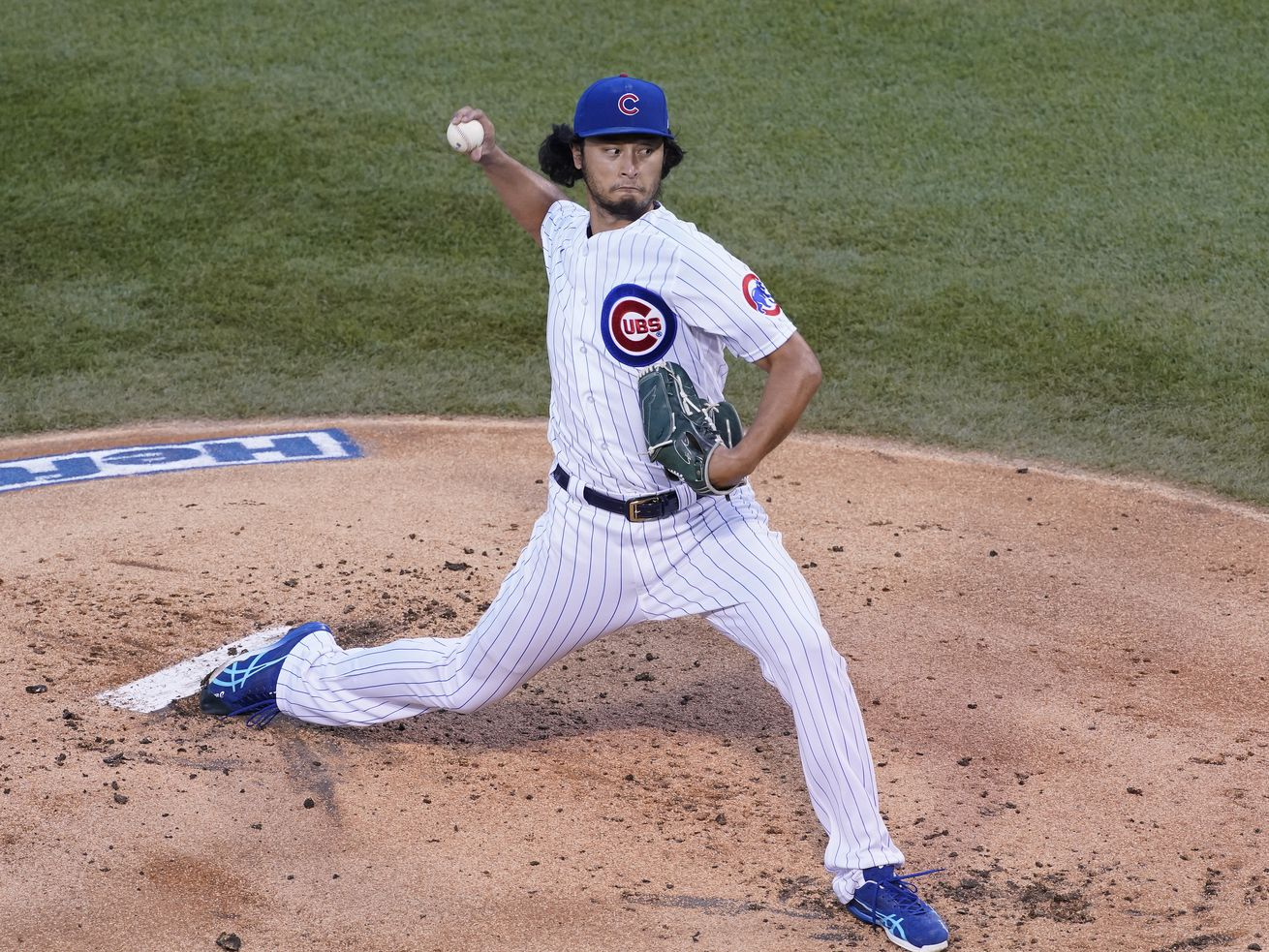 Cubs' Yu Darvish blanks Pirates over six innings in series-opening victory at Wrigley