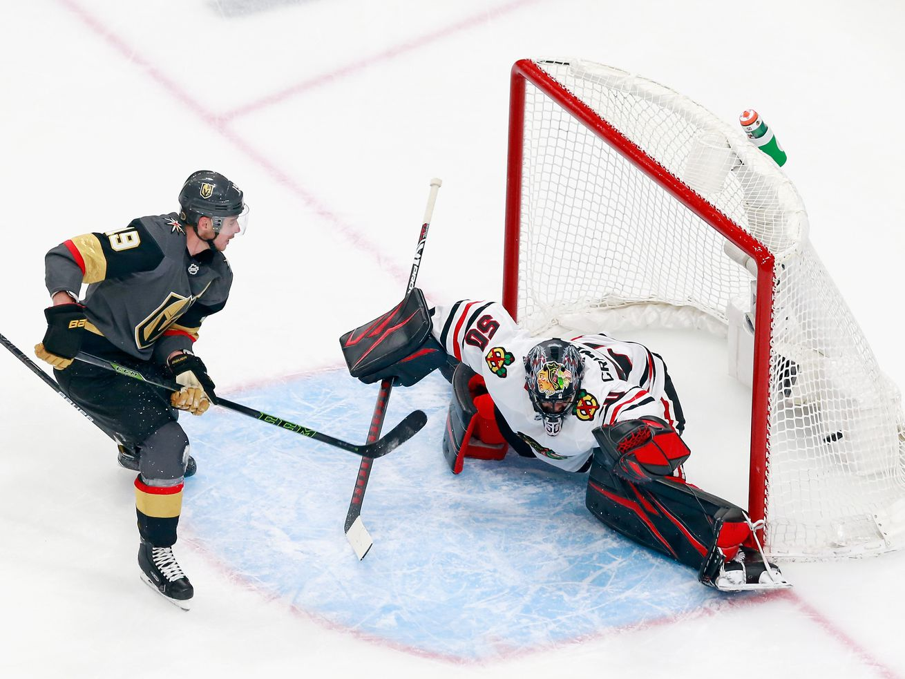 Golden Knights extend series lead over Blackhawks with Game 2 overtime win