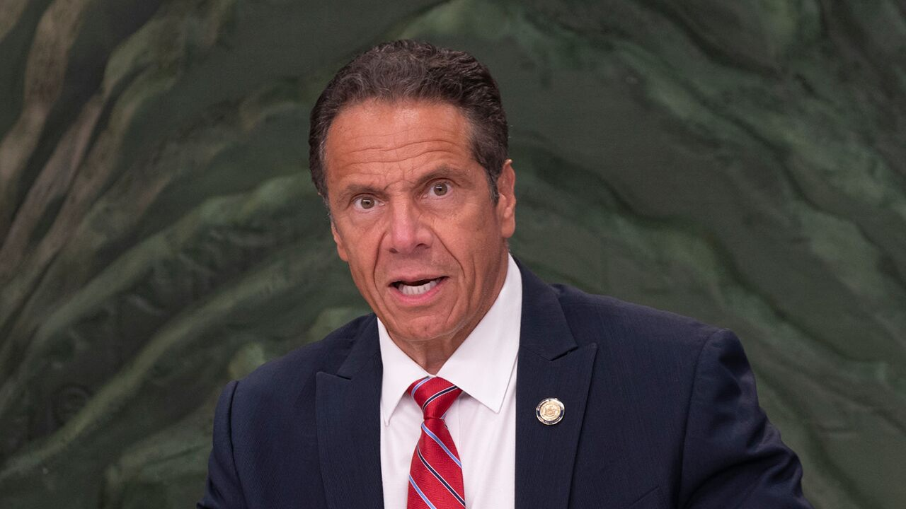 Cuomo, other governors maintain coronavirus travel rules despite CDC dropping quarantine recommendation