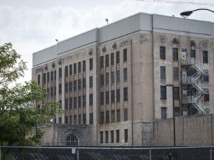 Cook County sheriff resumes transferring inmates to state prisons to begin serving sentences