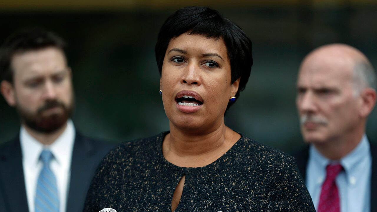 DC Mayor Bowser condemns 'highly inappropriate' behavior of Black Lives Matter protesters berating diners