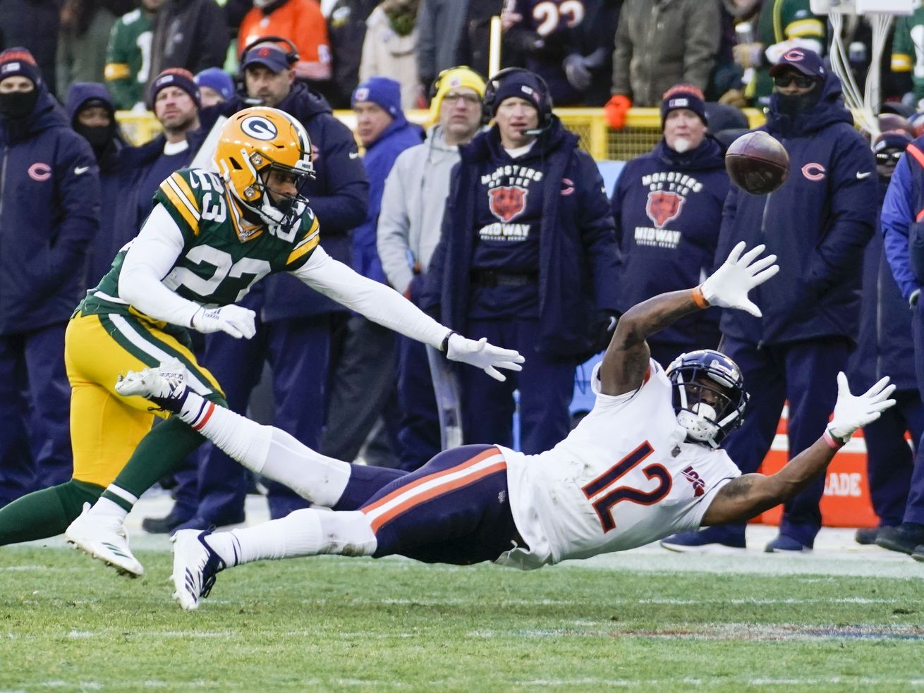 Bears WR Allen Robinson, DT Akiem Hicks remain out with injuries