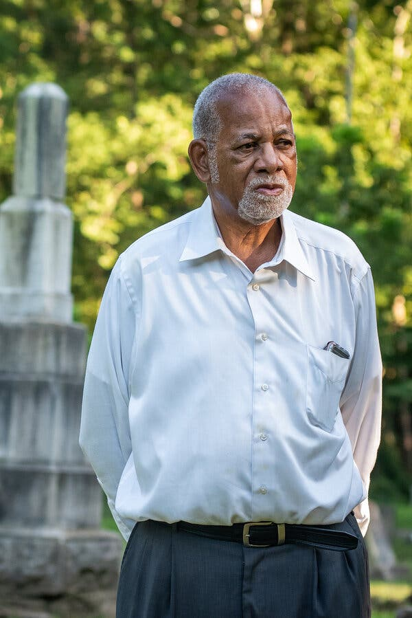 A Counter to Confederate Monuments, Black Cemeteries Tell a Fuller Story of the South