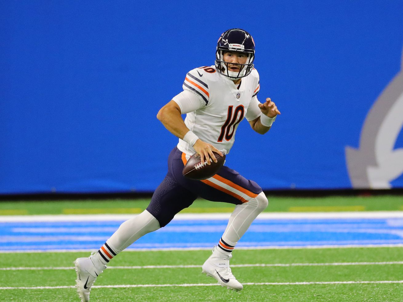 QB controversy? What QB controversy? Mitch Trubisky leads Bears to come-from-behind victory.