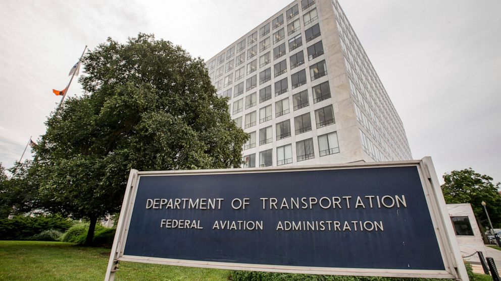 Watchdog: FAA not prepared to update jet evacuation rules