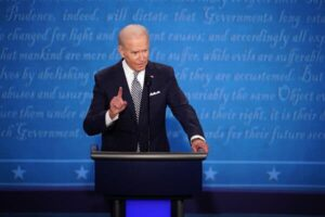 With Cross Talk, Lies and Mockery, Trump Tramples Decorum in Debate With Biden