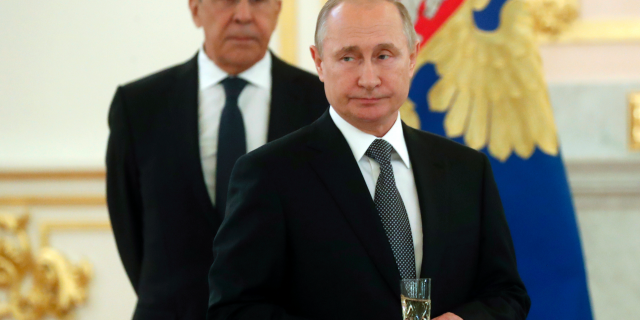 Vladimir Putin calls on US to agree to non-interference pact for upcoming elections: report