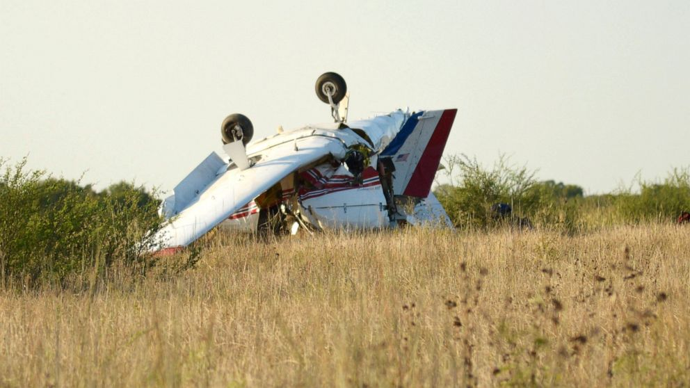 Report: Small plane that crashed in Texas had just taken off