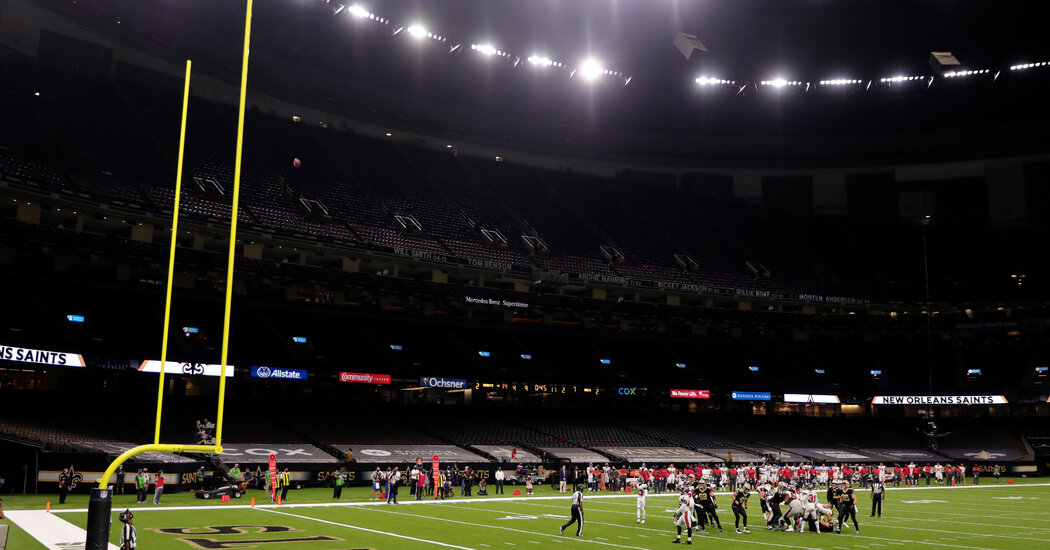 The Eerie Silence of an N.F.L. Stadium Makes the Game Even More for TV