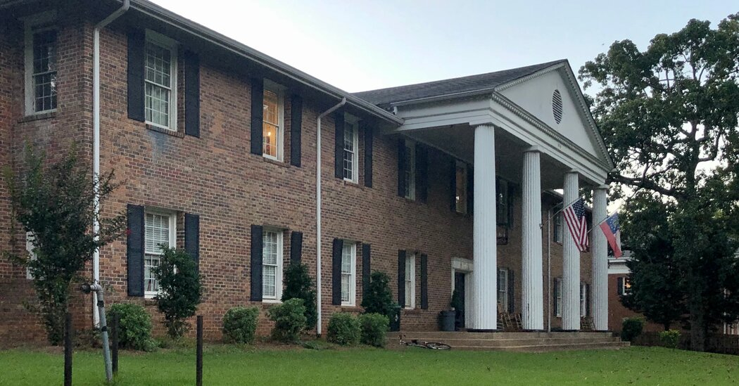 Fraternity at University of Georgia Is Suspended After Racist Messages Are Exposed