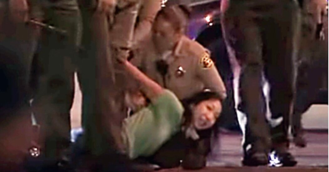 D.A. Won't Prosecute Reporter Arrested While Covering Shooting of Deputies