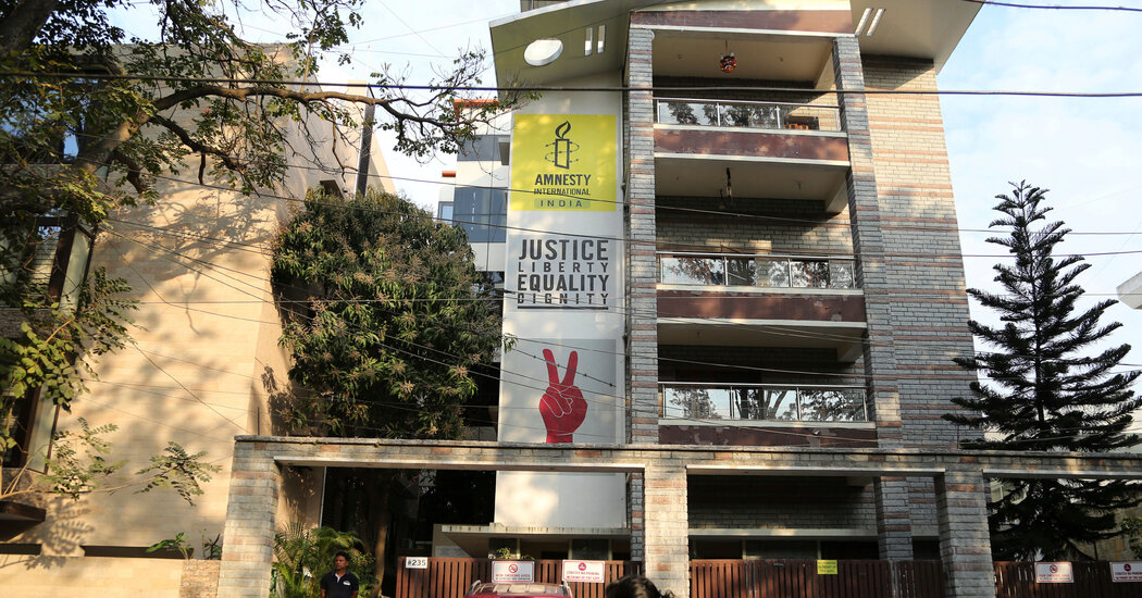 Amnesty International Shutters Offices in India, Citing Government Attacks