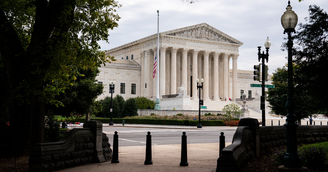 Supreme Court Speeds Case on Excluding Undocumented Immigrants in Redistricting