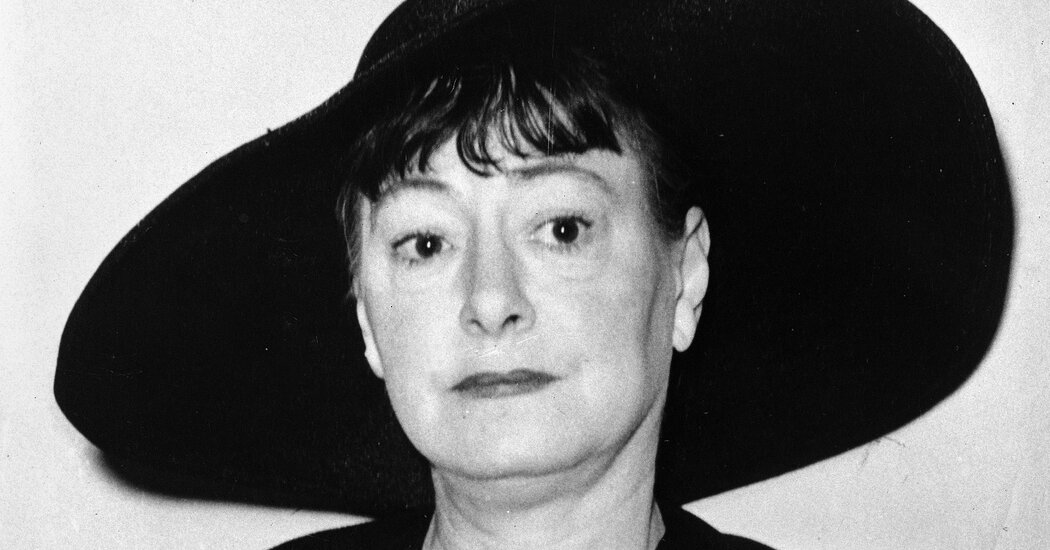 Dorothy Parker's Ashes Are Returned to New York