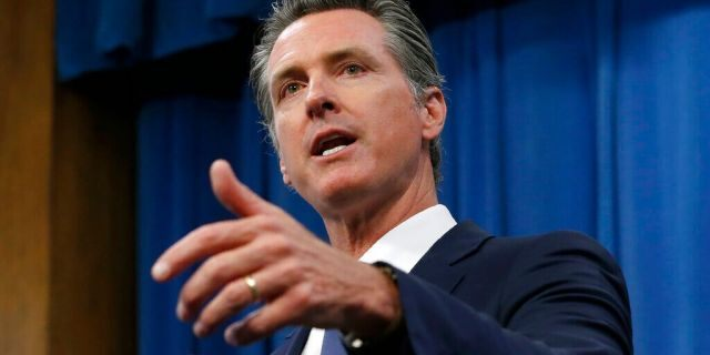 Poll shows Californians happy with Newsom's handling of coronavirus, less so with homelessness crisis